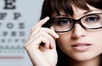 Sinais de que você precisa usar óculos