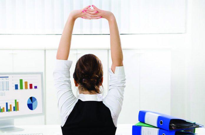 Exercícios de ginástica laboral para ajudar gestantes